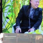 「新婚さんいらっしゃい!」(テレビ朝日)の落ち武者ギタリスト、正体はこいつです。